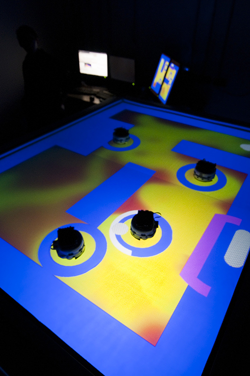 Table interactive pour robots
